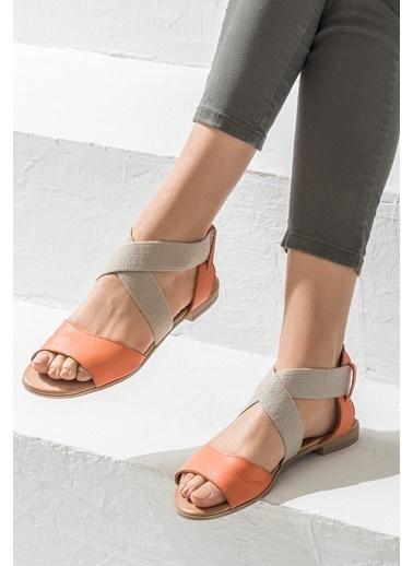 Elle Kısa Topuklu Sandalet Kırmızı